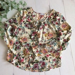TOBI Cream Chiffon Floral Blouse w/Pleats